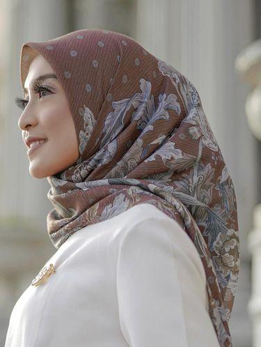 Rekomendasi hijab untuk Lebaran 2021 dari Buttonscarves