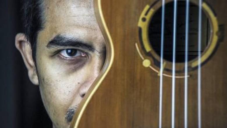 Ukulele dari rumah produksi Mahardika Instrument di Dago, Bandung.