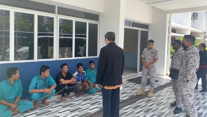 5 nelayan asal Deli Serdang ditangkap Agensi Penguatkuasa Maritim Malaysia (APMM) di wilayah Perak