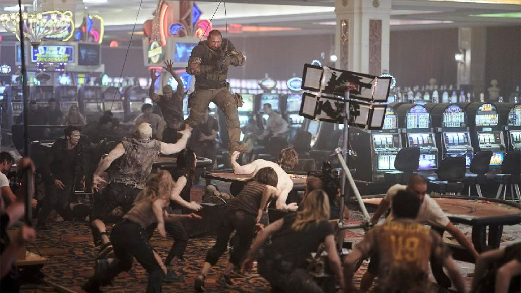 Simak Baik-baik, Zack Snyder Jadi Cameo Sekilas di Army of The Dead