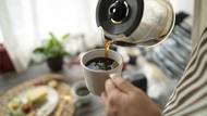 Minum Kopi Setiap Hari? Waspadai 5 Efek Samping Ini