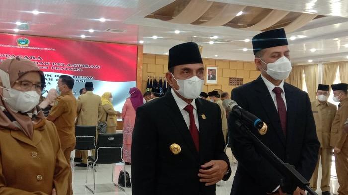 Gubsu Edy Rahmayadi (tengah)-(Ahmad Arfah/detikcom)