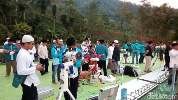 Hilal tak terlihat dari pemantauan di Cibeas Sukabumi