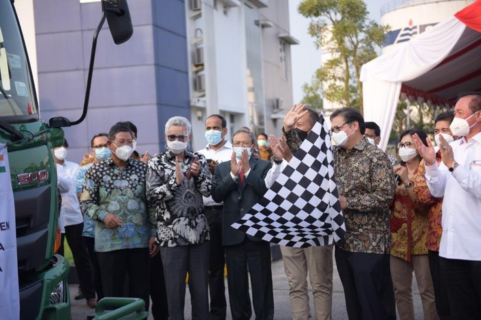 Ketua Komisi I DPR Apresiasi Airlangga soal Bantuan Oksigen ke India