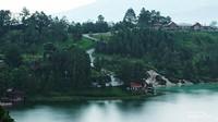 Linow, Kecantikan Danau Tiga Warna di Tomohon