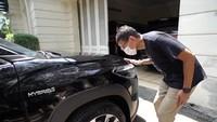Sandiaga Uno Jajal Corolla Cross Hybrid: Nggak Ada Bunyinya