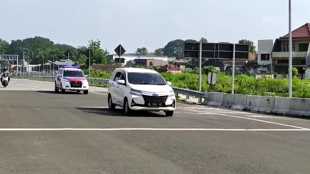 Mobil yang Terobos Penyekatan di Exit Tol Malang Akhirnya Ditilang
