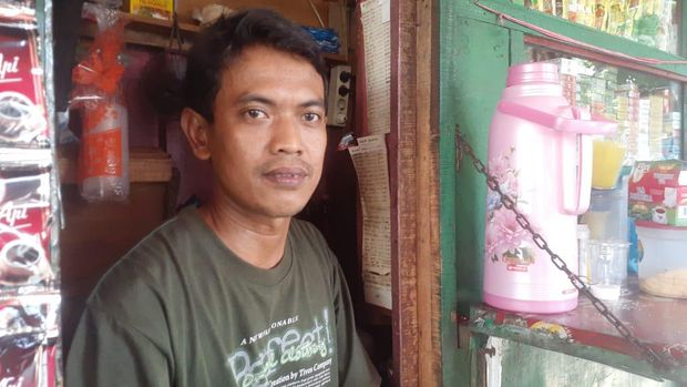 Pedahang di Jl RE Martadinata, Ancol Jakarta Utara Asep Nurmansyah