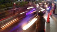 151 Kendaraan Diputar Balik di Pos Penyekatan Kedungwaringin