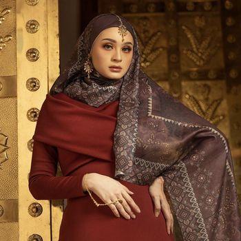Rekomendasi hijab untuk Lebaran 2021 dari. Zytadelia Official.