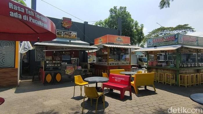 Sitausi Rest Area Tol Japek Km 57 sepi pengunjung, Selasa (11/5)