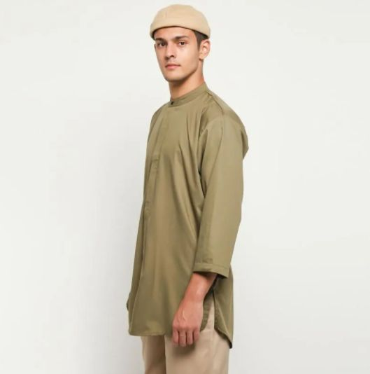Tips Baju Lebaran Pria dari Ardhito Pramono