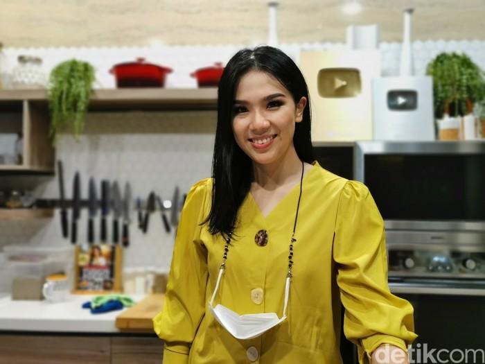 Chef Devina Hermawan Bahagia Bisa Sering Berbagi Resep Selama Pandemi