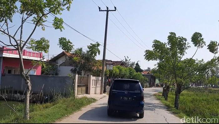 Jalur tikus menghindari pos penyekatan Kedungwaringin Kabupaten Bekasi. (Yogi Ernes/detikcom)