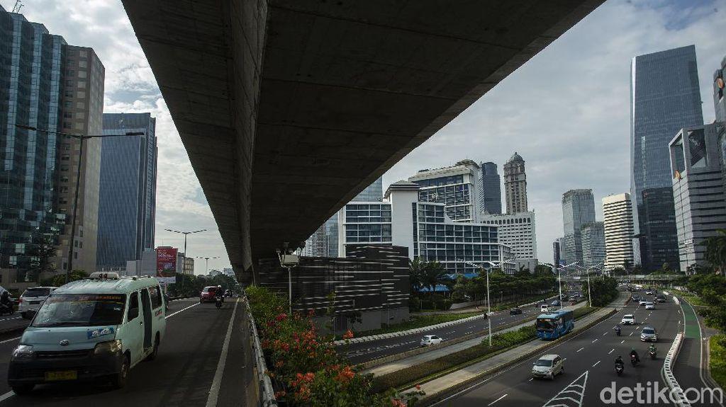 Lengang Ibu Kota Di Tengah Larangan Mudik