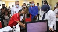 Menaker Ida Fauziyah Tinjau Posko THR di Tangerang