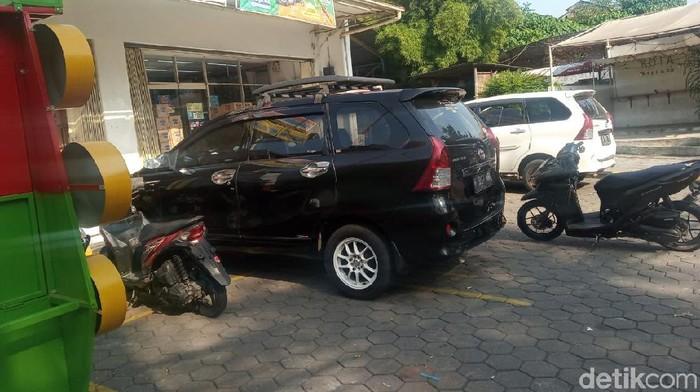 Mobil yang disewa terduga pelaku pembunuhan ibu-anak di Kendal