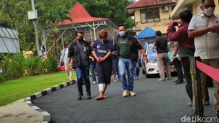 Pelaku pembunuhan wanita dalam kamar berasap di Semarang.