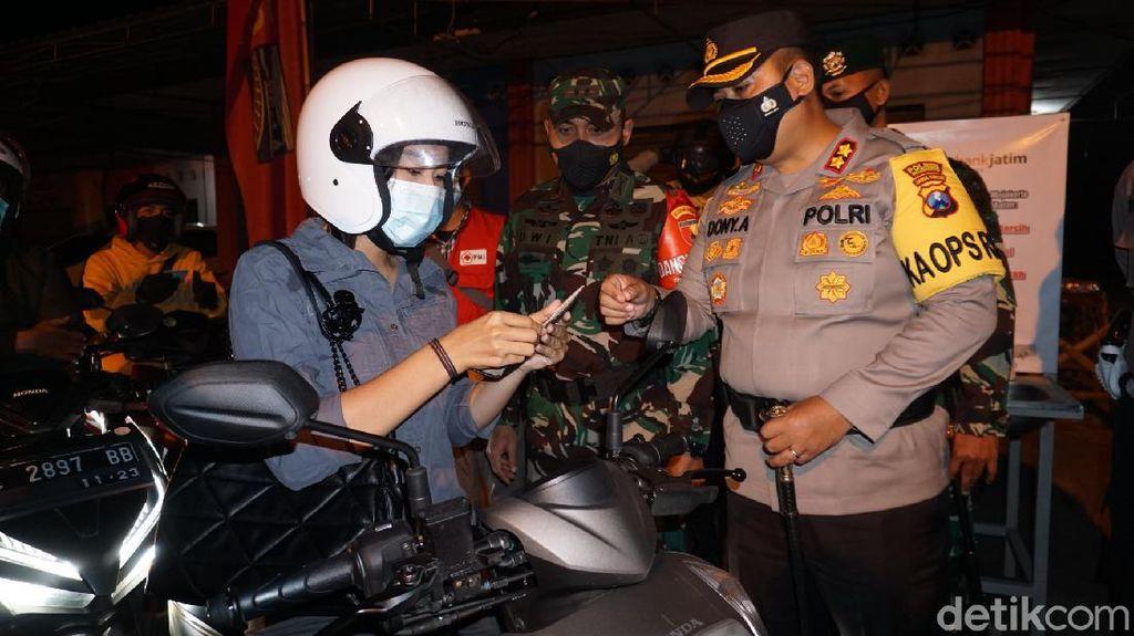 Beragam Modus Pemudik Tembus Penyekatan Malam Takbir di Mojokerto