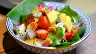 Resep Salad Buah Thai Berkuah Asam Segar untuk Sajian Lebaran