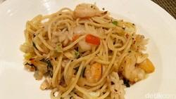 Santap Hidangan Jepang hingga Italia Enak di The Cafe yang Terapkan Prokes