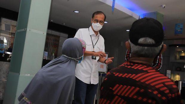 Wakil Direktur Utama BRI Catur Budi Harto berkunjung ke Kantor Cabang (KC) Bogor Dewi Sartika, Rabu (12/5). (Dok. BRI
