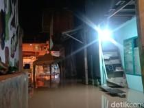 Kampung Aur Medan Terendam Banjir di Malam Lebaran Akibat Luapan Sungai Deli
