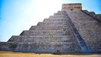 Cari Senjata, Polisi Malah Temukan Harta Karun Suku Maya Senilai Rp 1,7 M