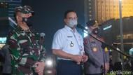 Pantau Malam Takbiran Bareng Kapolda-Pangdam, Anies Klaim DKI Kondusif