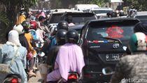 1,5 Juta Orang Mudik dari Jakarta, Jokowi Minta PPKM Mikro Diperkuat