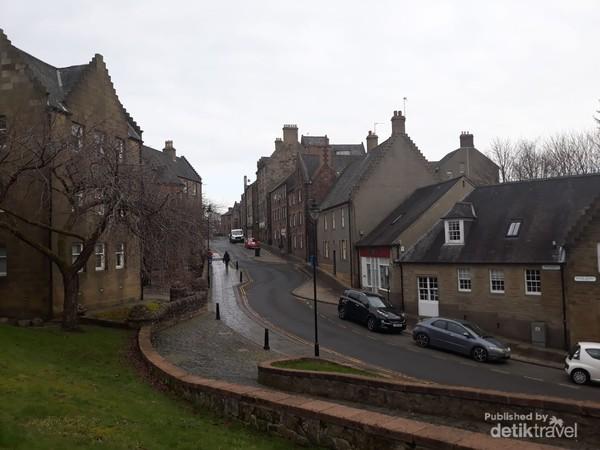 Baker Street di kota tua Stirling