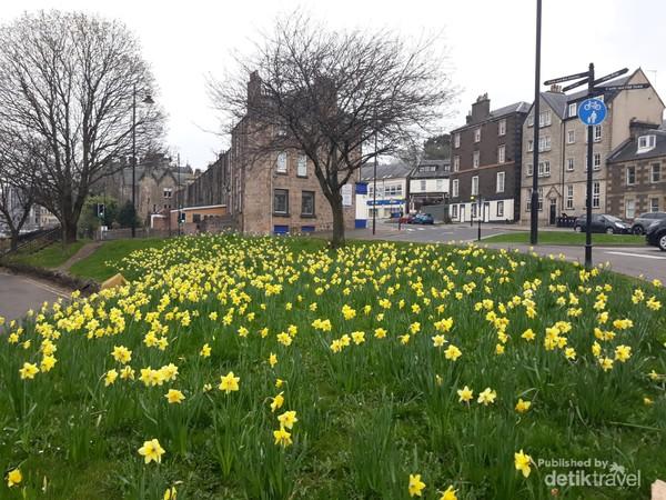 Kota tua Stirling di Scotland United Kingdom saat musim semi