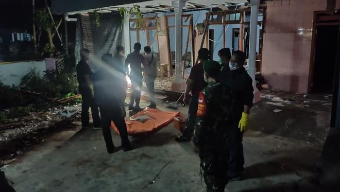 Petasan di kediri meledak tewaskan satu penghuni rumah