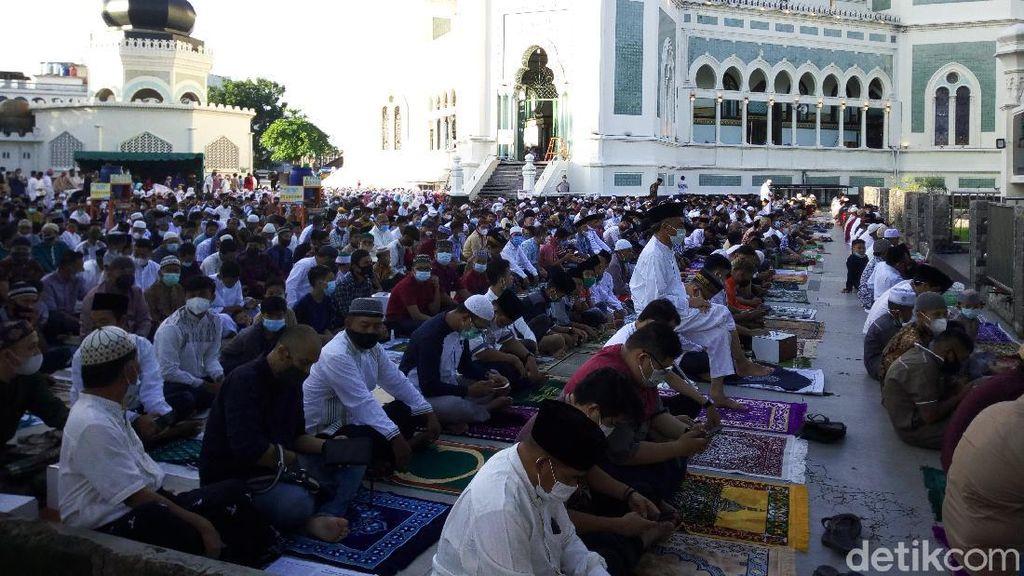 Masjid Raya Medan Gelar Salat Id, Jemaah Wajib Masuk Bilik Penyemprotan