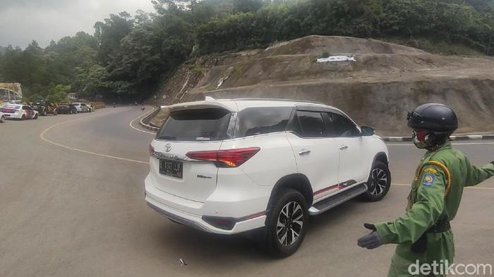 Wisatawan Jakarta yang tak bawa surat bebas Corona dilarang ke Cianjur