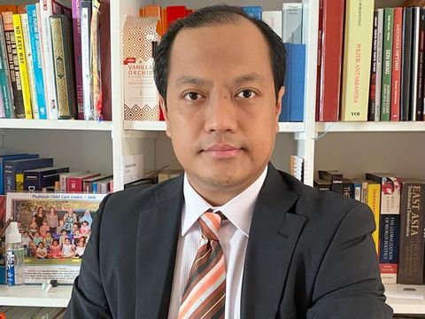 Ahmad Khoirul Umam