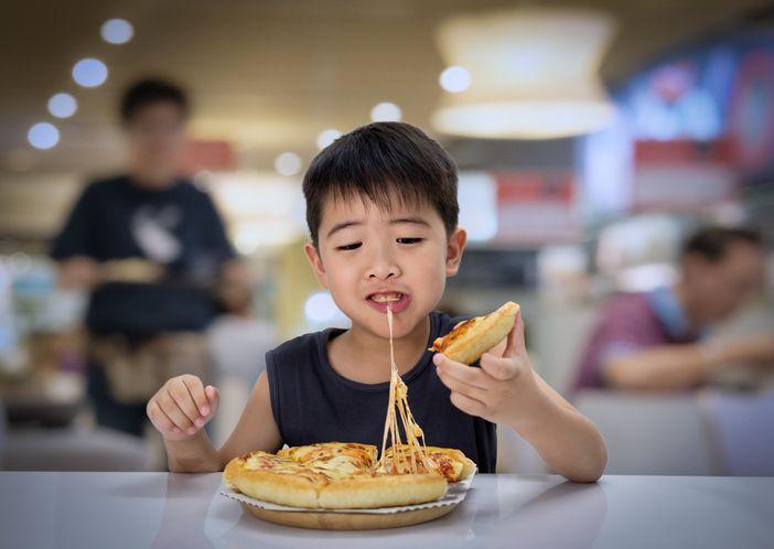 Anak Ini 'Dipaksa' Makan Pizza Seminggu Penuh, Orang Tuanya Ingin Ajarkan Ini