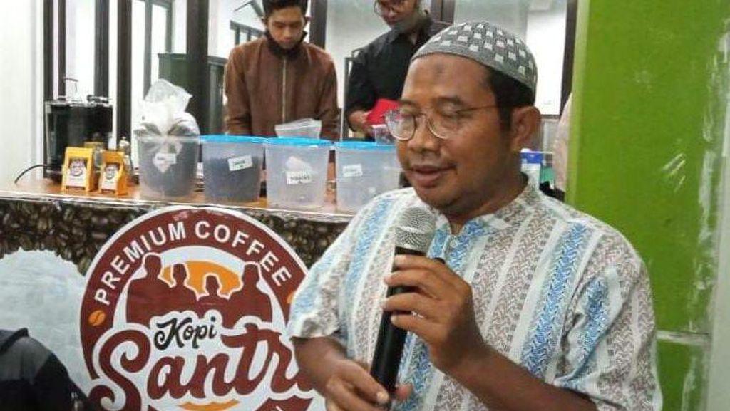 Dikenal Cerdas, Imam Salat Id yang Wafat Saat Khotbah Dijuluki Profesor