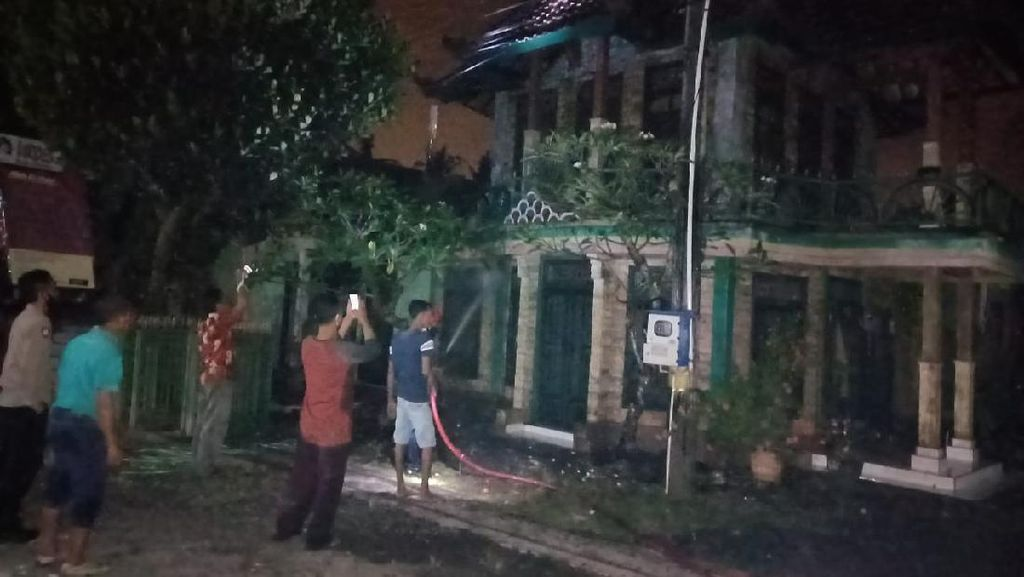 Galeri Batik Terbesar di Banyuwangi Ludes Terbakar, Kerugian Sekitar Rp 1 Miliar