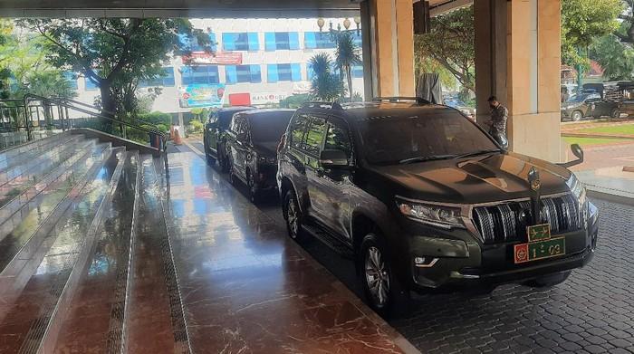 Kapolda Metro Jaya dan Pangdam Jaya rapat bersama Gubernur DKI Jakarta bahas arus balik lebaran