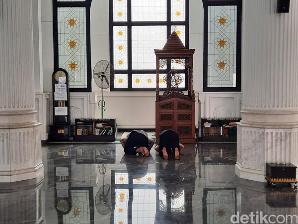Sang pemilik, Ramli Rasidin ingin agar pembangunan masjid ini menjadi bukti atas cintanya pada Allah, Islam, dan keluarga.