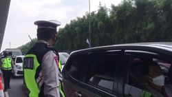 Selama Lebaran, 1.357 Kendaraan Diputar Balik di Cikarang Barat