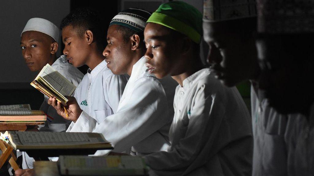 Syiar Islam Dari Ponpes Nuu Waar