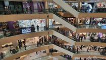 Tunjungan Plaza Surabaya Ramai Pengunjung di Hari Kedua Lebaran