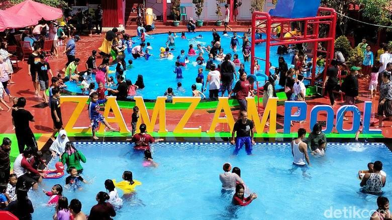 Zam-zam Pool Kuningan