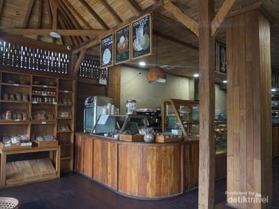 Foto: Wisata Kuliner Buat Kamu Penggemar Kelapa di Bali