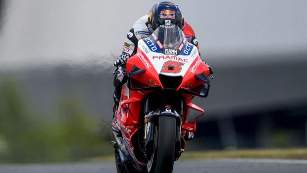 Ducati Pramac Racing French rider Johann Zarco competes during the 1st free practice session of the French Moto GP Grand Prix in Le Mans, northwestern France on May 14, 2021. (Photo by JEAN-FRANCOIS MONIER / AFP)