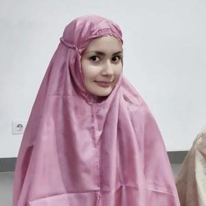 Kisah Wanita Islandia Dulu Atheis, Jadi Mualaf Saat Bertemu Gus Miftah