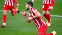 Luis Suarez Mau Buat Barcelona Gigit Jari