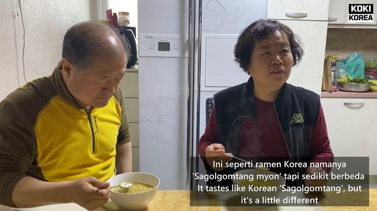 orang Korea cicip Indomie Soto untuk pertama kalinya dan ternyata mreka sangat menyukai.